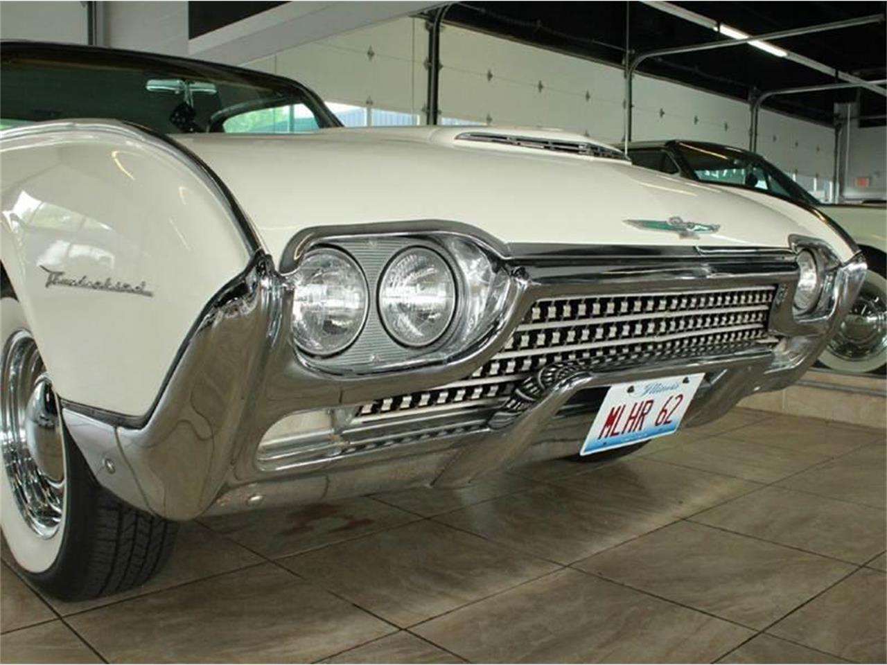 Large Picture of Classic '62 Ford Thunderbird located in Illinois Offered by Baltria Vintage Auto Gallery - J33F
