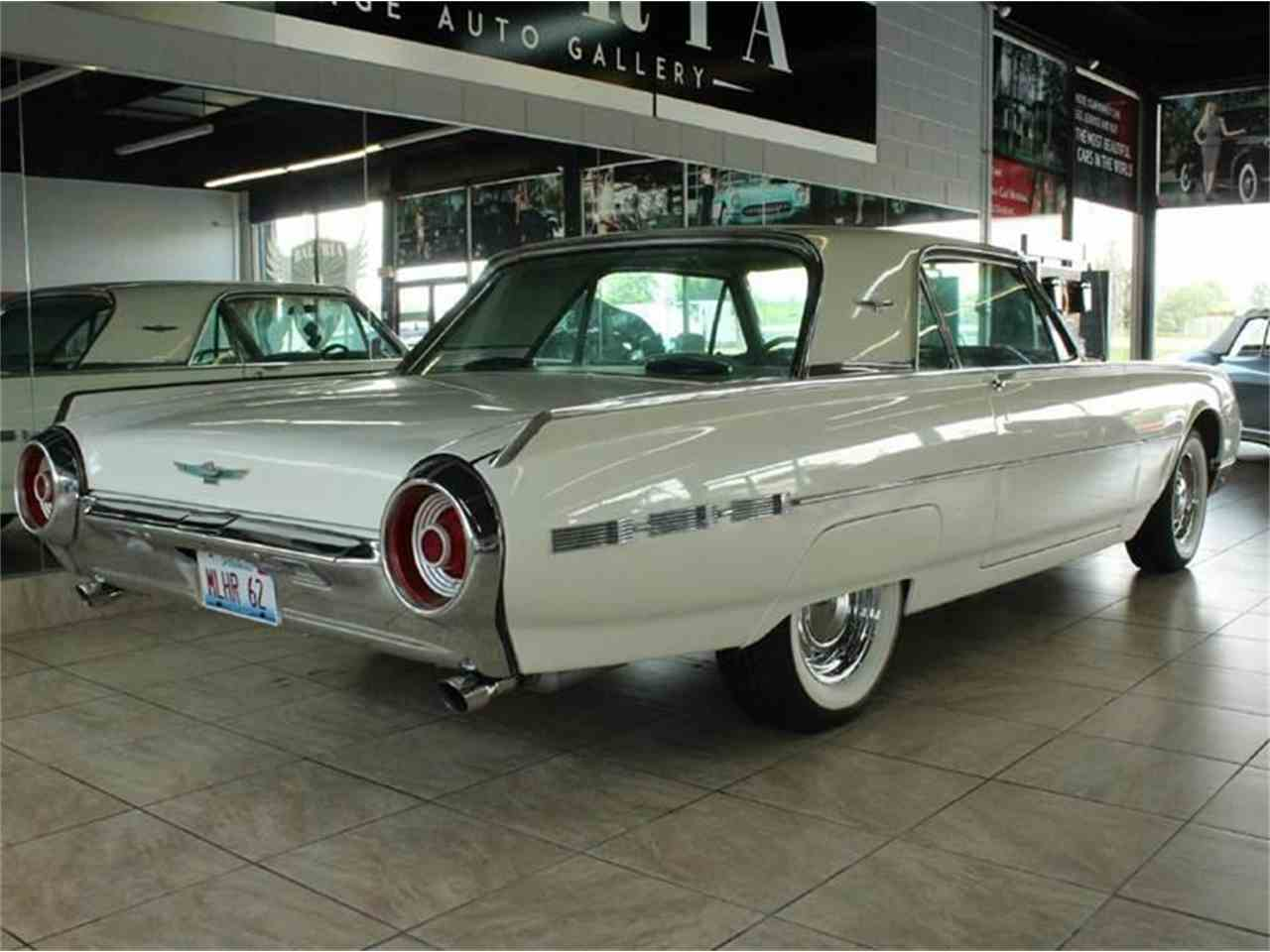 Large Picture of '62 Thunderbird - J33F