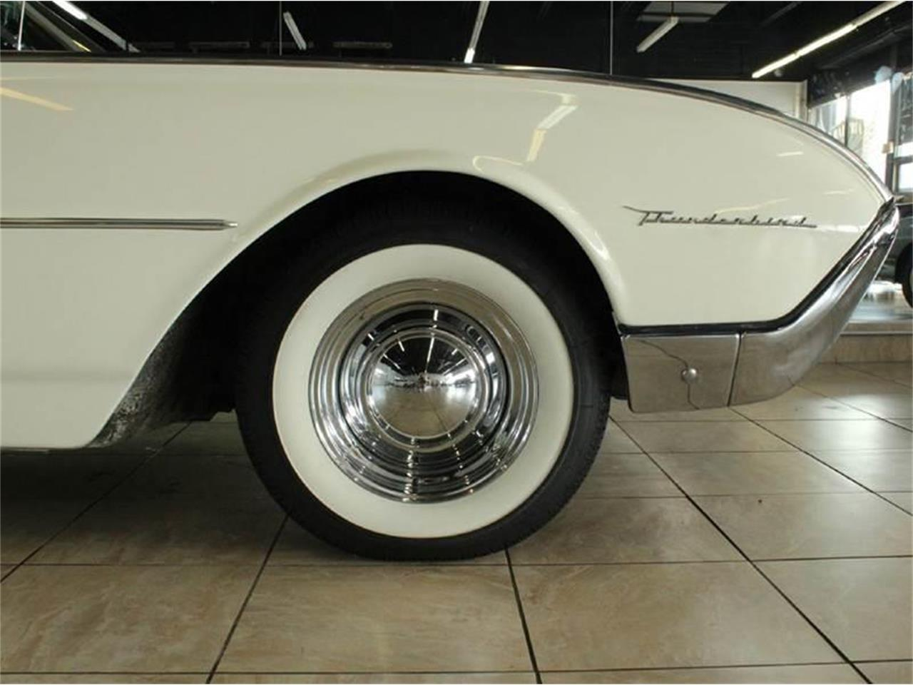Large Picture of Classic 1962 Thunderbird located in Illinois Offered by Baltria Vintage Auto Gallery - J33F