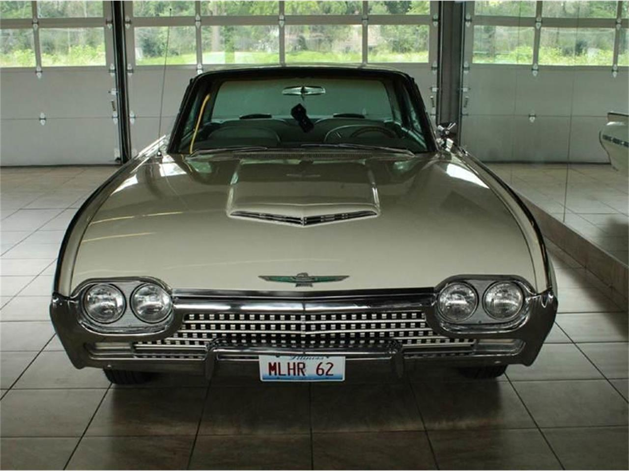 Large Picture of Classic 1962 Ford Thunderbird located in St. Charles Illinois - $15,900.00 - J33F