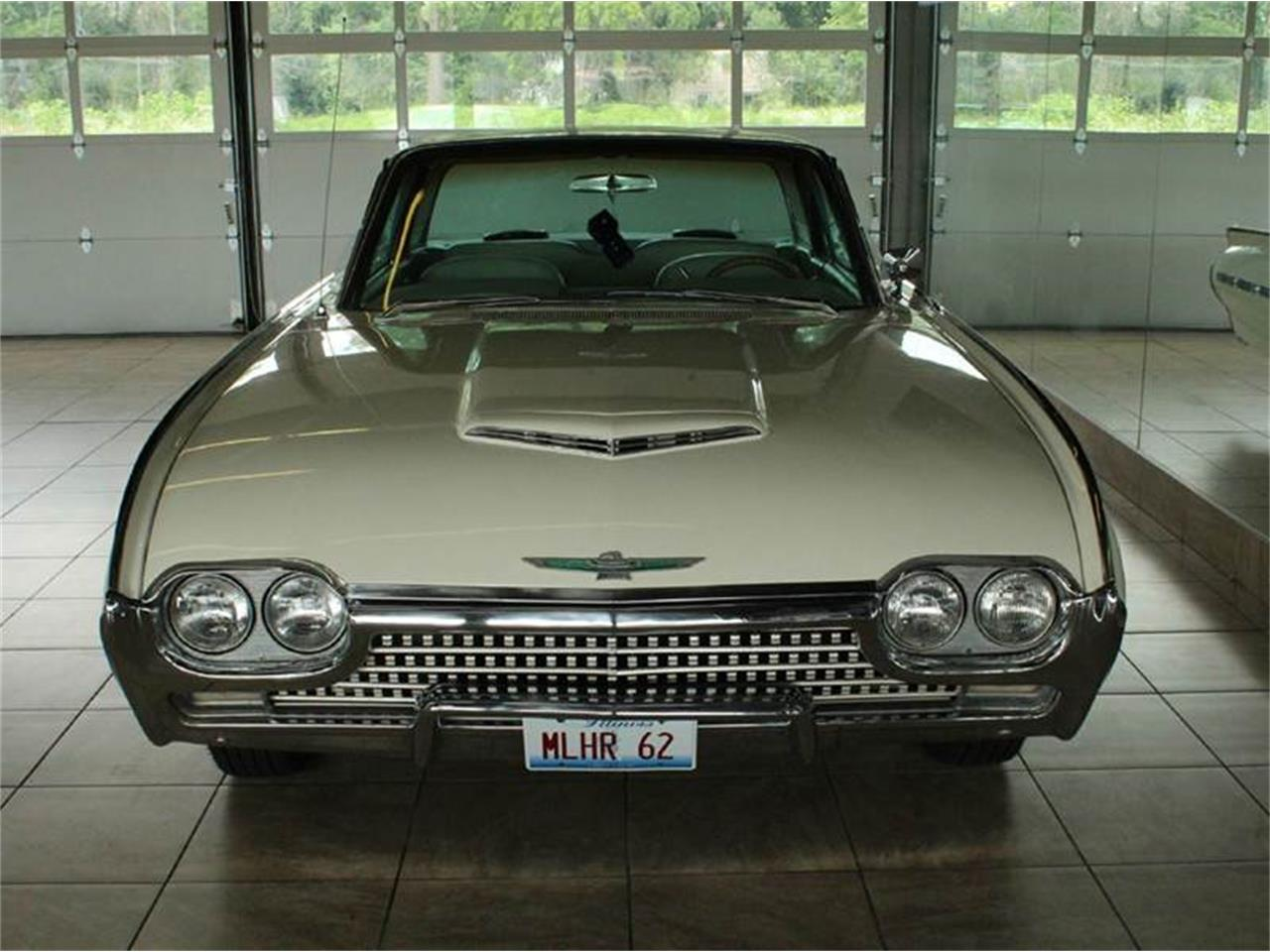 Large Picture of '62 Ford Thunderbird - $15,900.00 - J33F