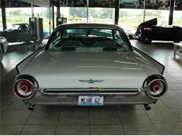 Picture of Classic 1962 Thunderbird located in Illinois Offered by Baltria Vintage Auto Gallery - J33F