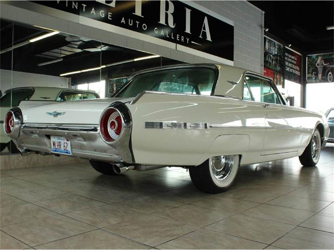 Large Picture of '62 Ford Thunderbird located in St. Charles Illinois Offered by Baltria Vintage Auto Gallery - J33F