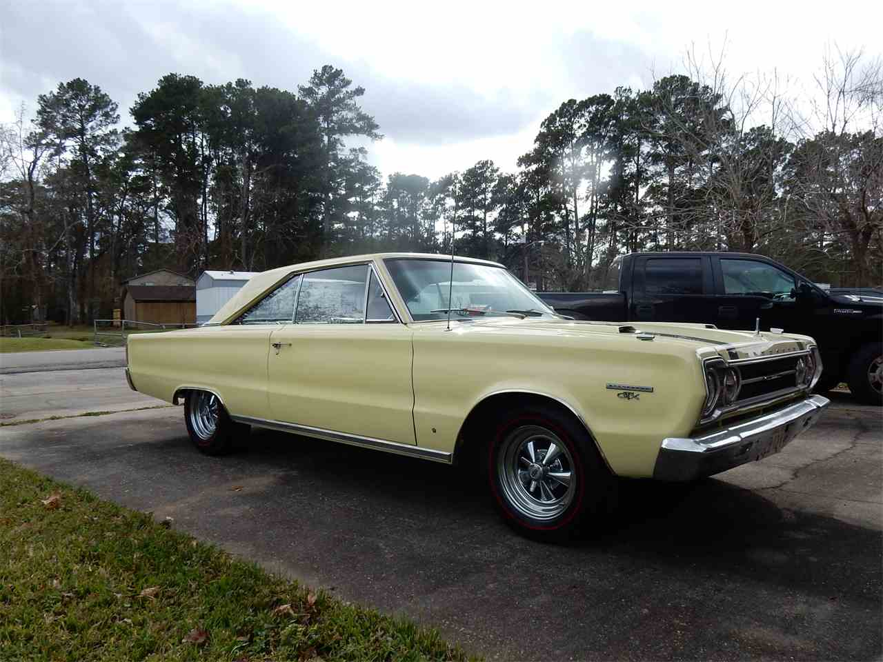 Large Picture of '67 GTX - J6RW