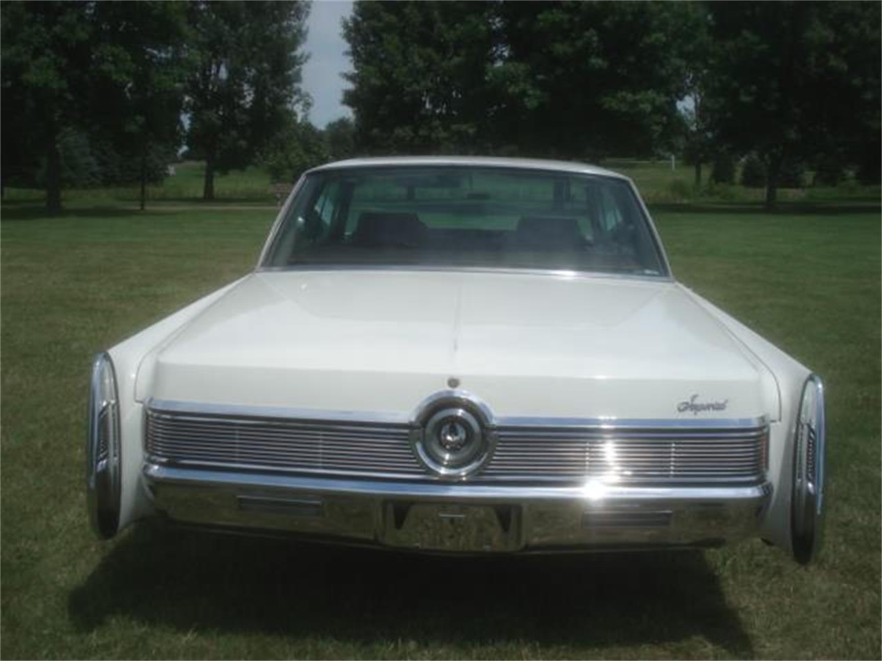 Large Picture of Classic '68 Imperial - $14,250.00 - J6RX