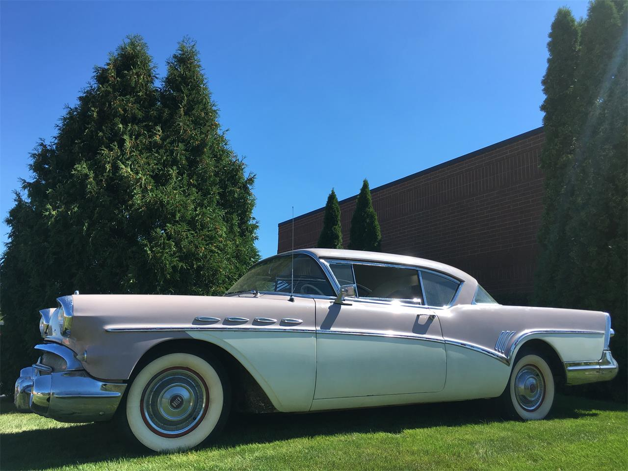 Large Picture of '57 Super Riviera - J6SH