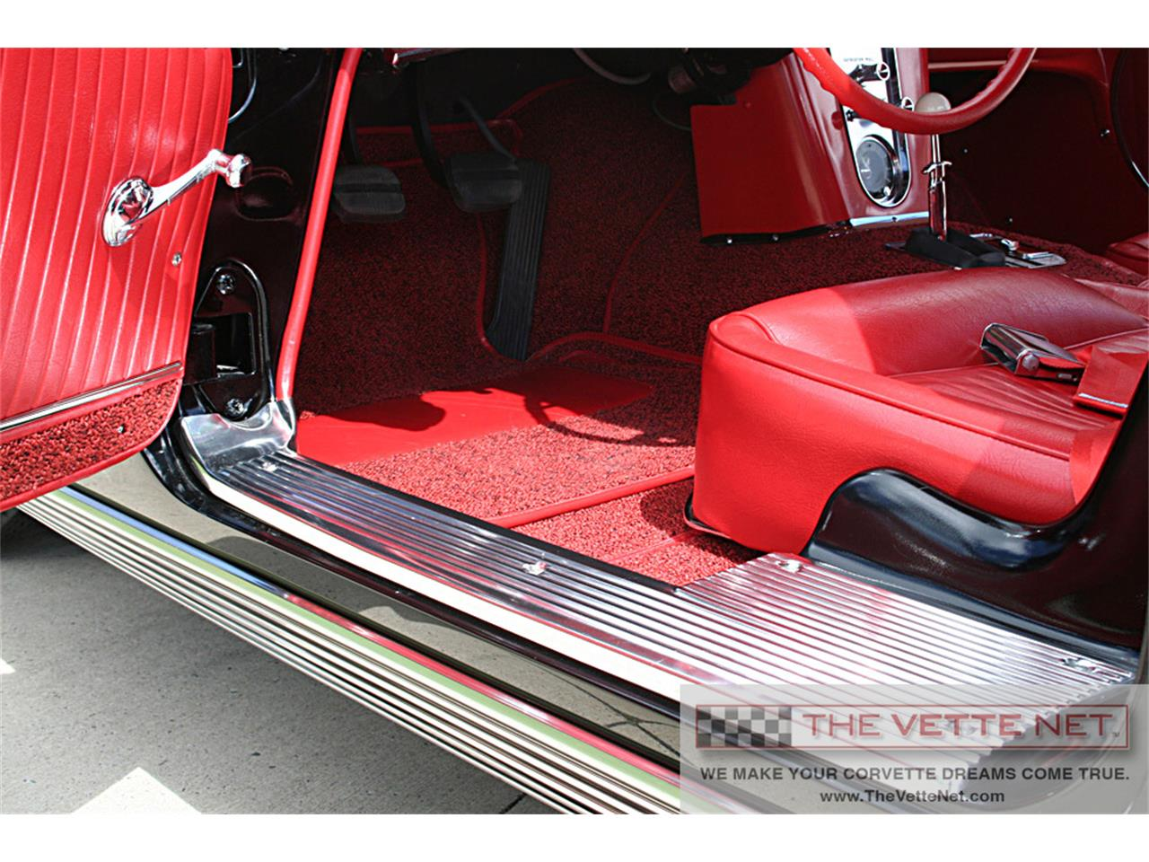 Large Picture of Classic '62 Chevrolet Corvette located in Sarasota Florida Offered by The Vette Net - J6WO
