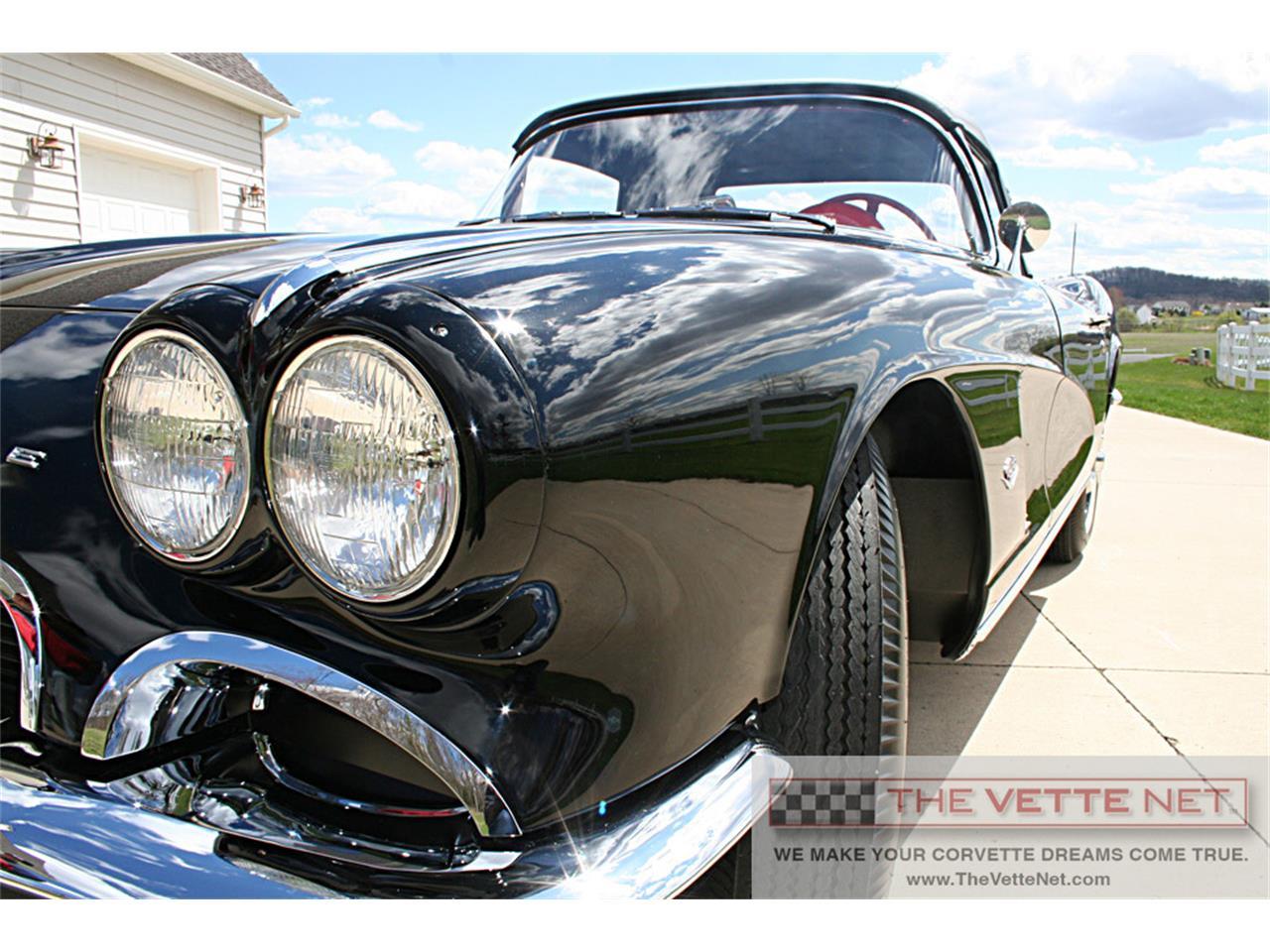 Large Picture of Classic 1962 Corvette - $84,990.00 - J6WO