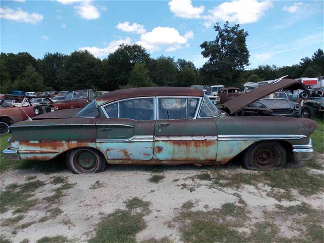 Large Picture of '58 Biscayne - J709