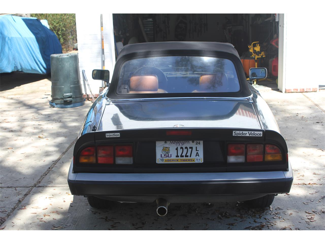 Large Picture of '87 2000 Spider Veloce - J716