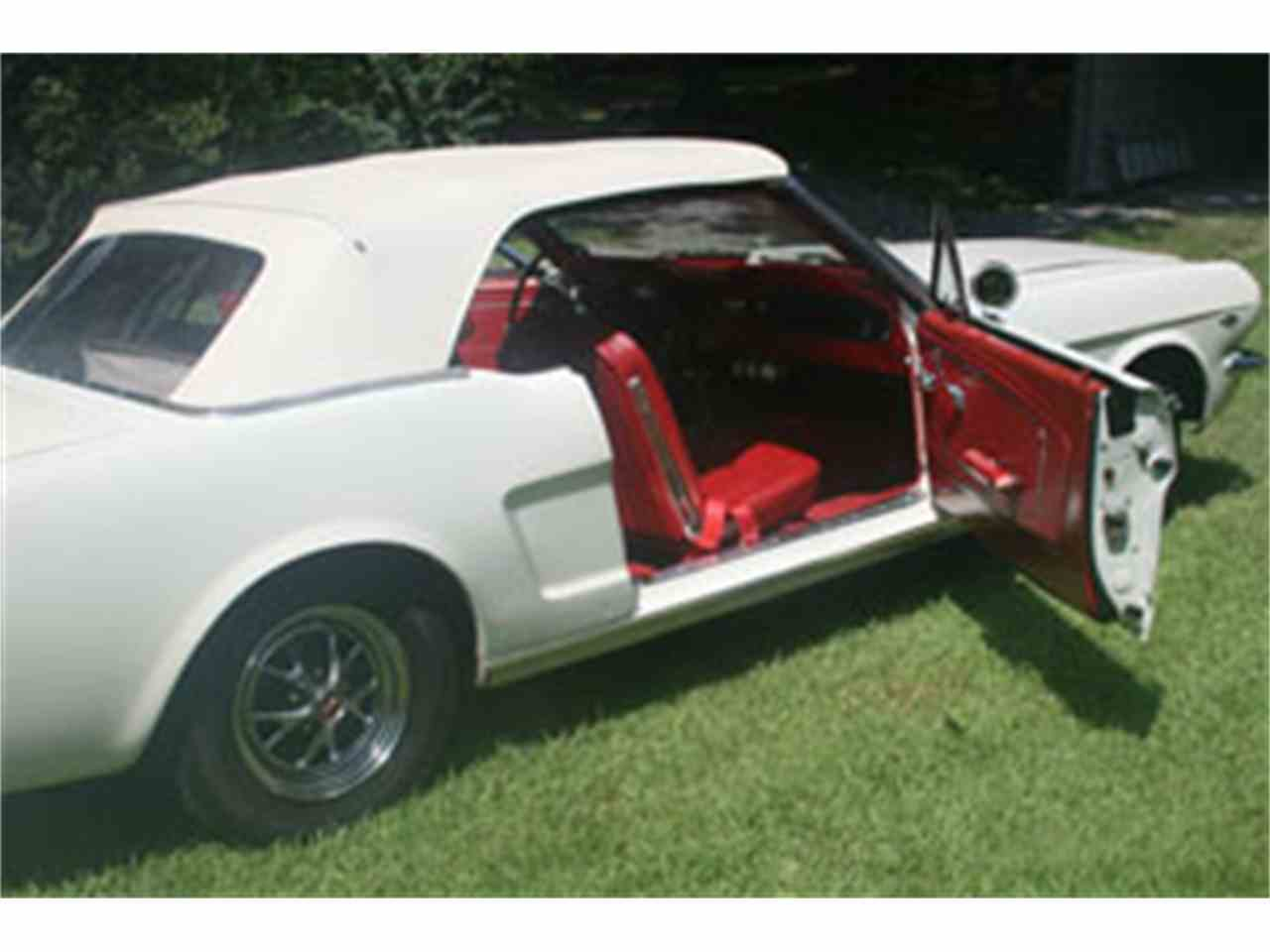 Large Picture of '64 Mustang - J7BS