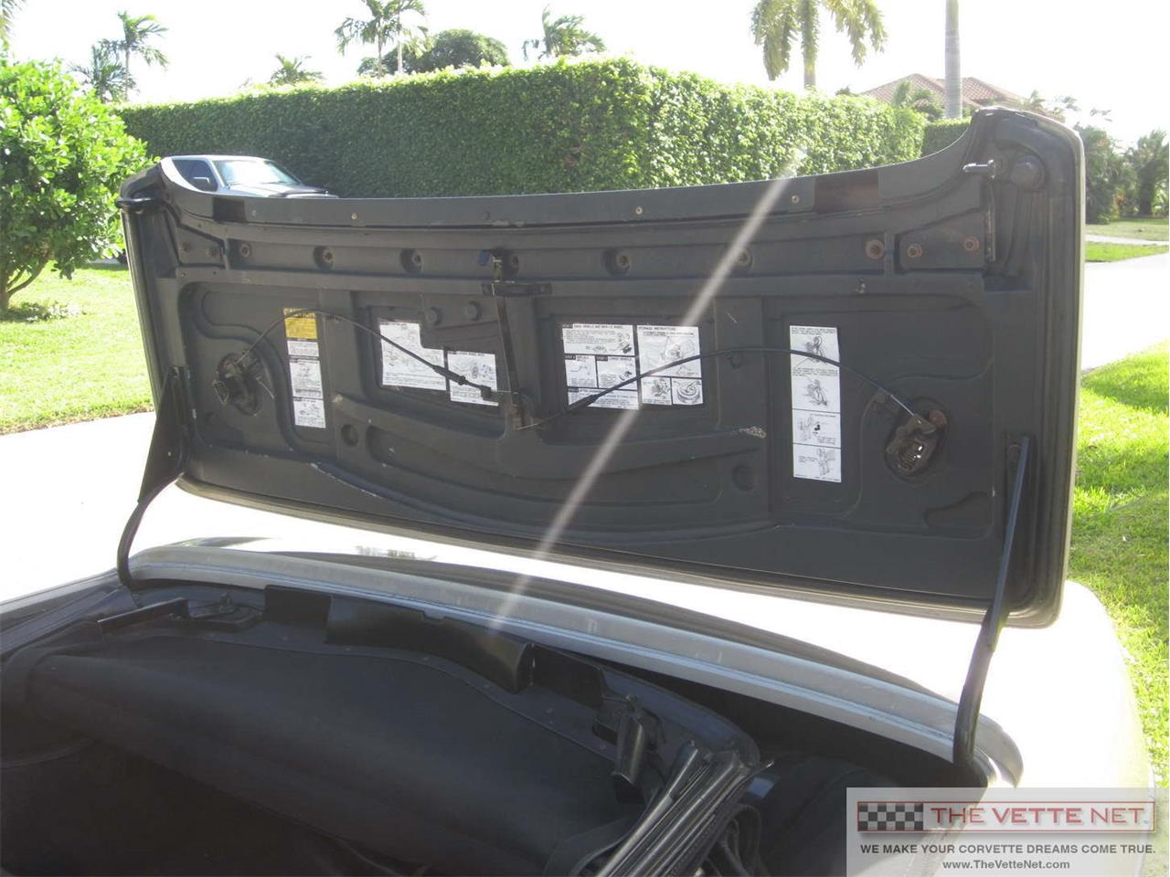 Large Picture of 1987 Chevrolet Corvette located in Sarasota Florida Offered by The Vette Net - J7EV