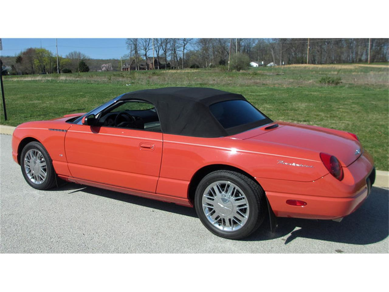 Large Picture of '03 Thunderbird located in West Chester Pennsylvania - J7OZ