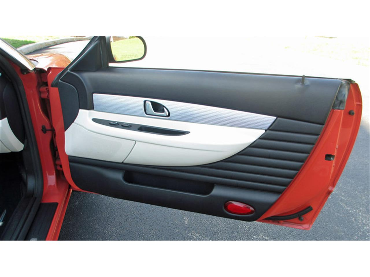 Large Picture of '03 Ford Thunderbird - J7OZ