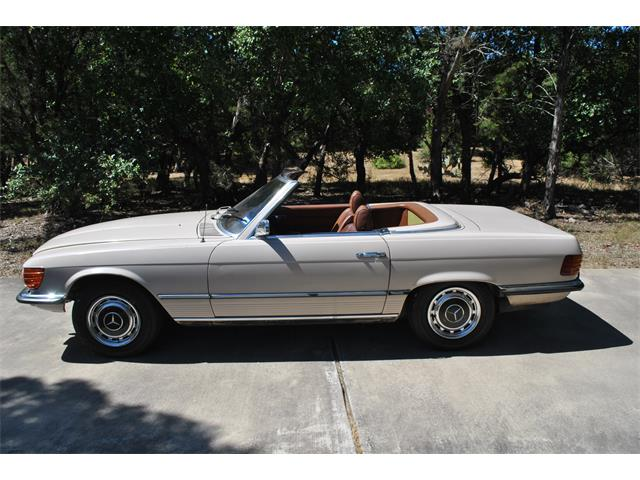 Picture of Classic 1972 350SL located in Austin Texas - $7,500.00 Offered by a Private Seller - J7UT
