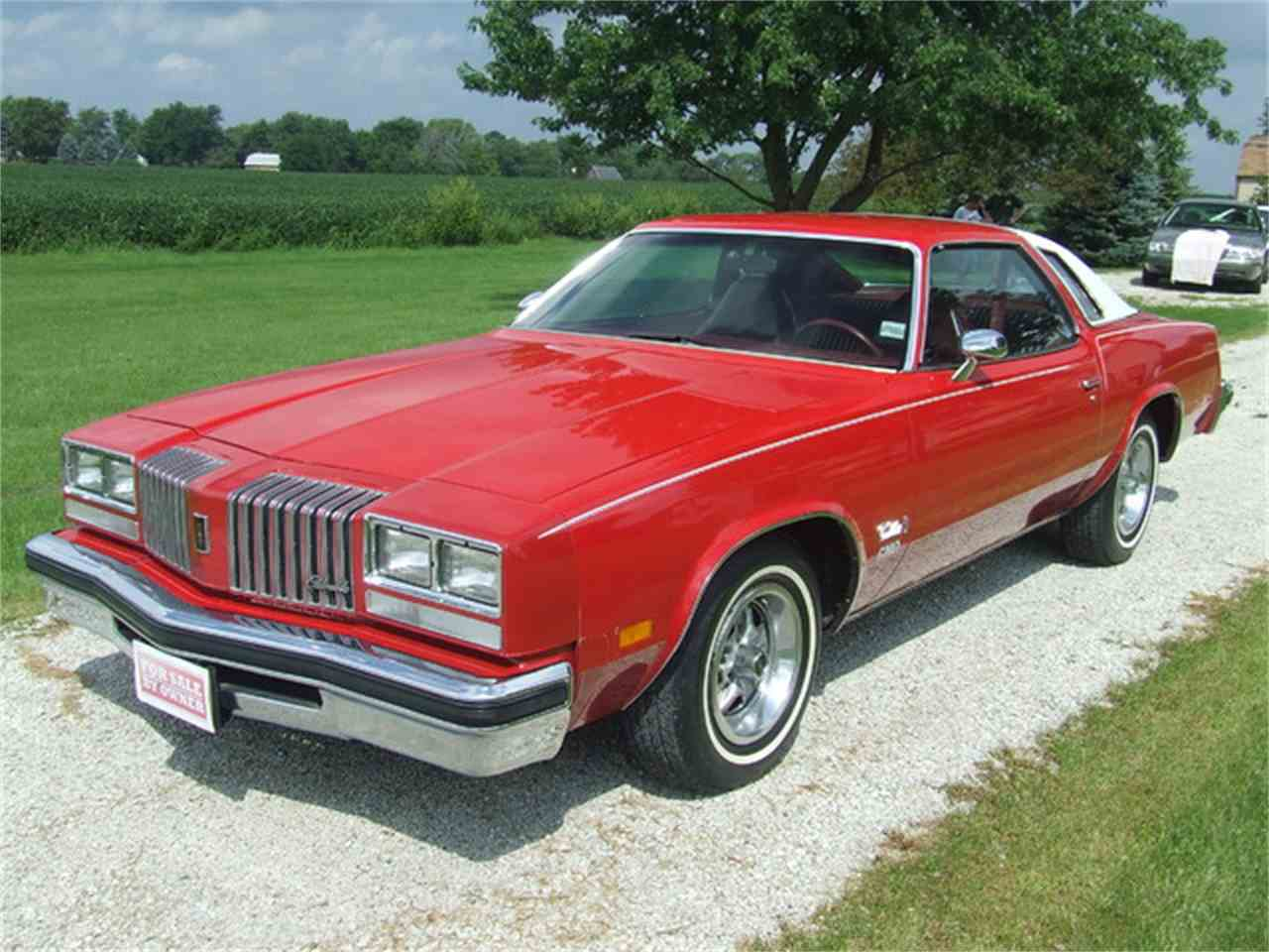 Large Picture of '76 Cutlass - J7YM
