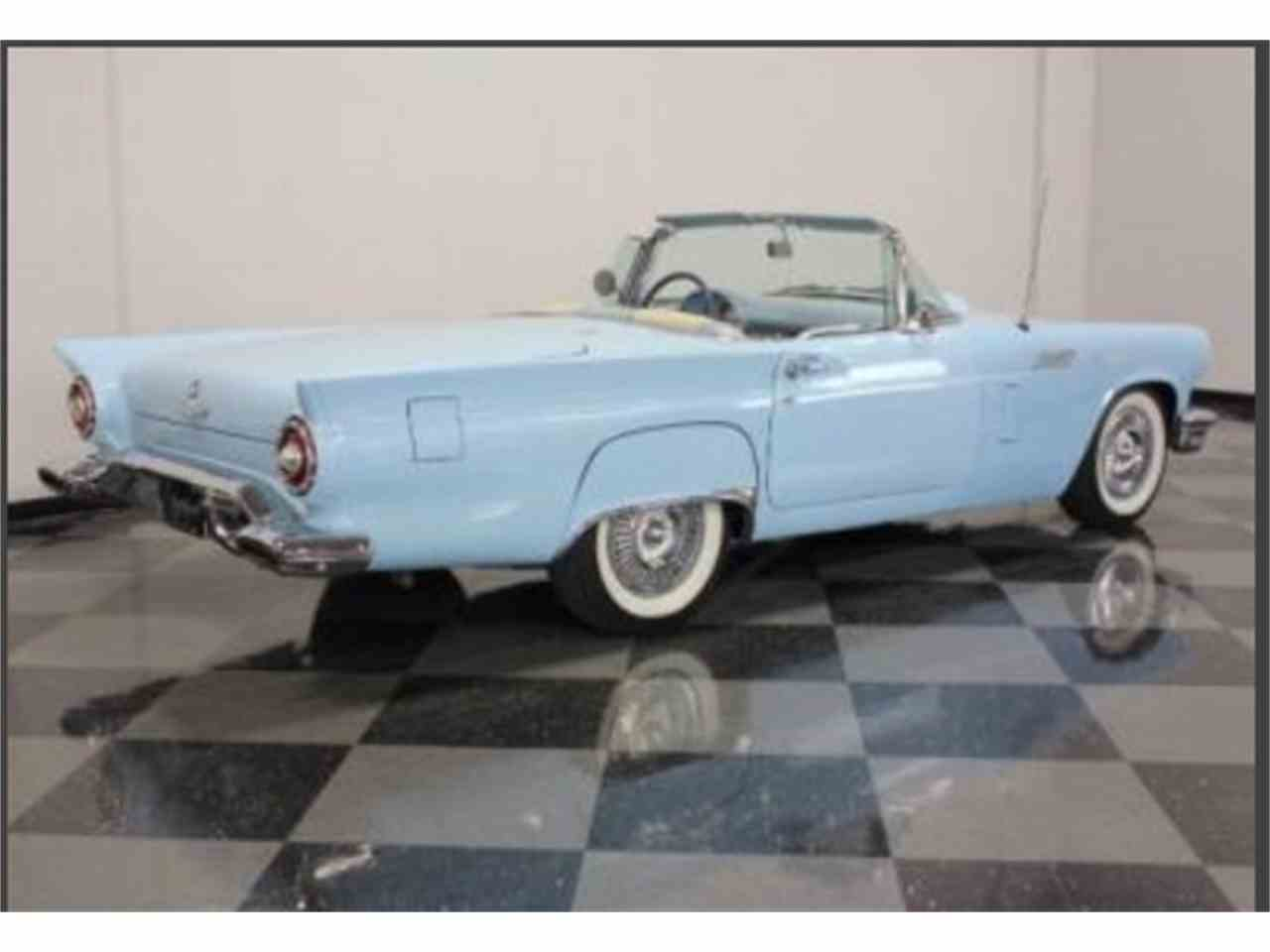 Large Picture of '57 Thunderbird - J87T