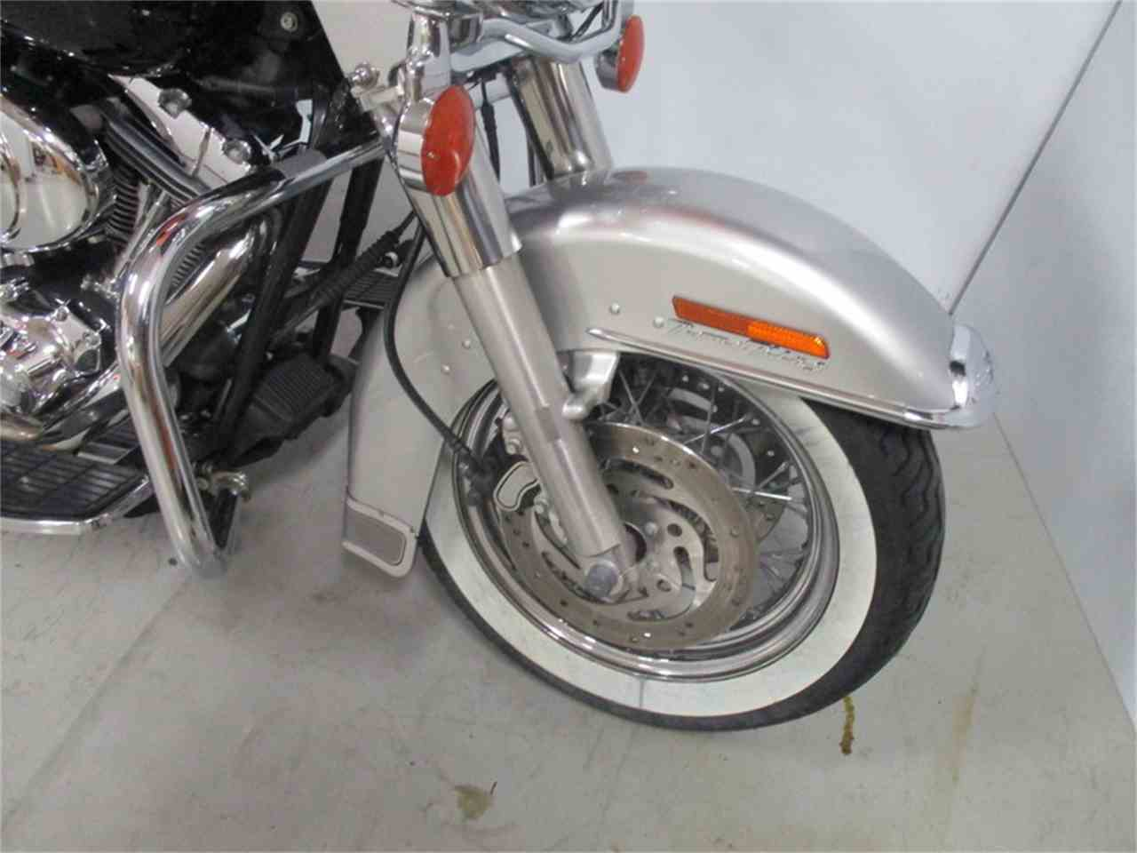 Large Picture of '03 FLHRC - Road King® Classic - J8B5