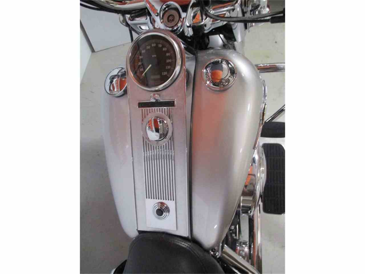 Large Picture of 2003 Harley-Davidson® FLHRC - Road King® Classic - J8B5