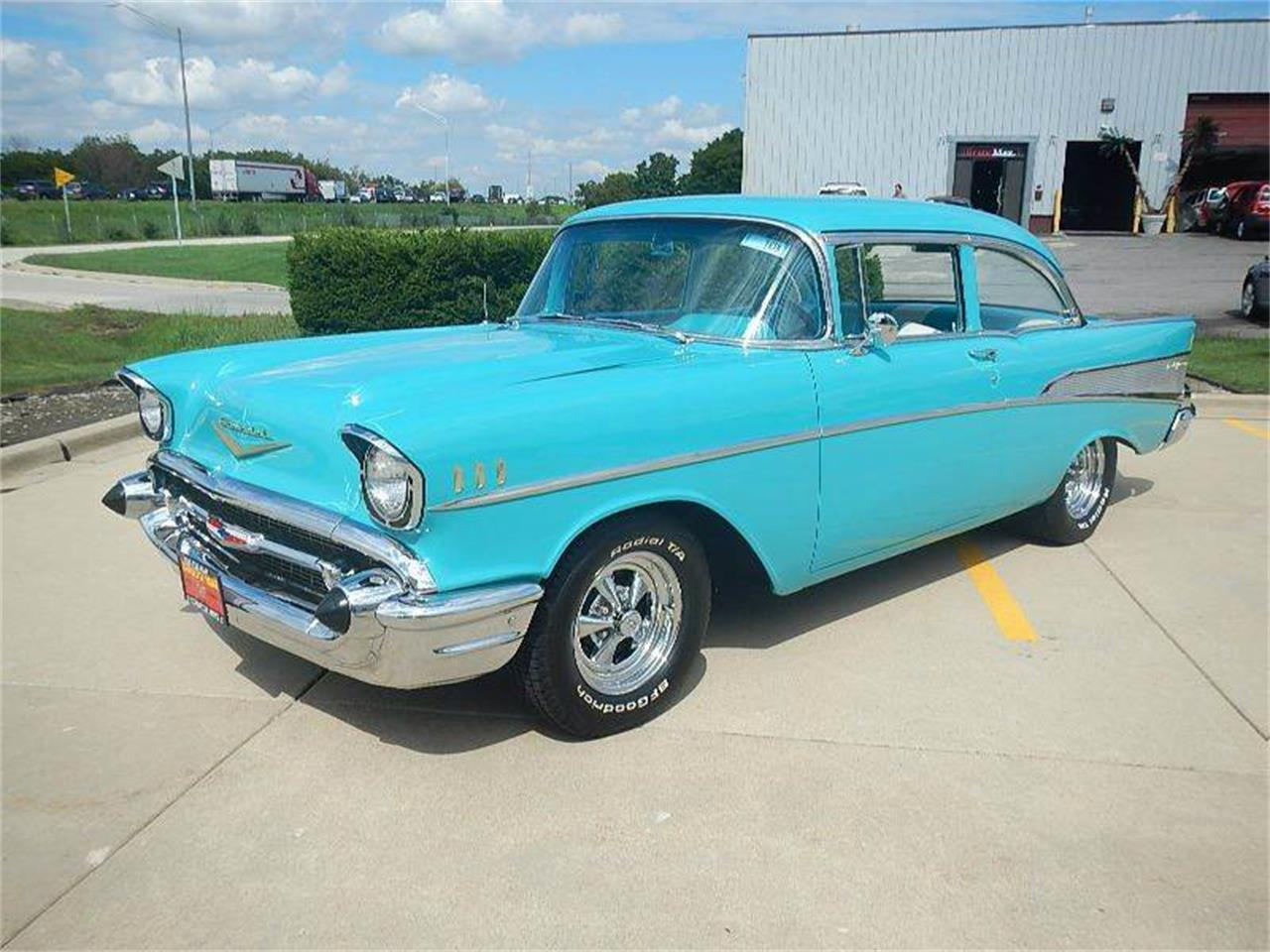 Large Picture of Classic 1957 Chevrolet Bel Air located in Burr Ridge Illinois - J8J4