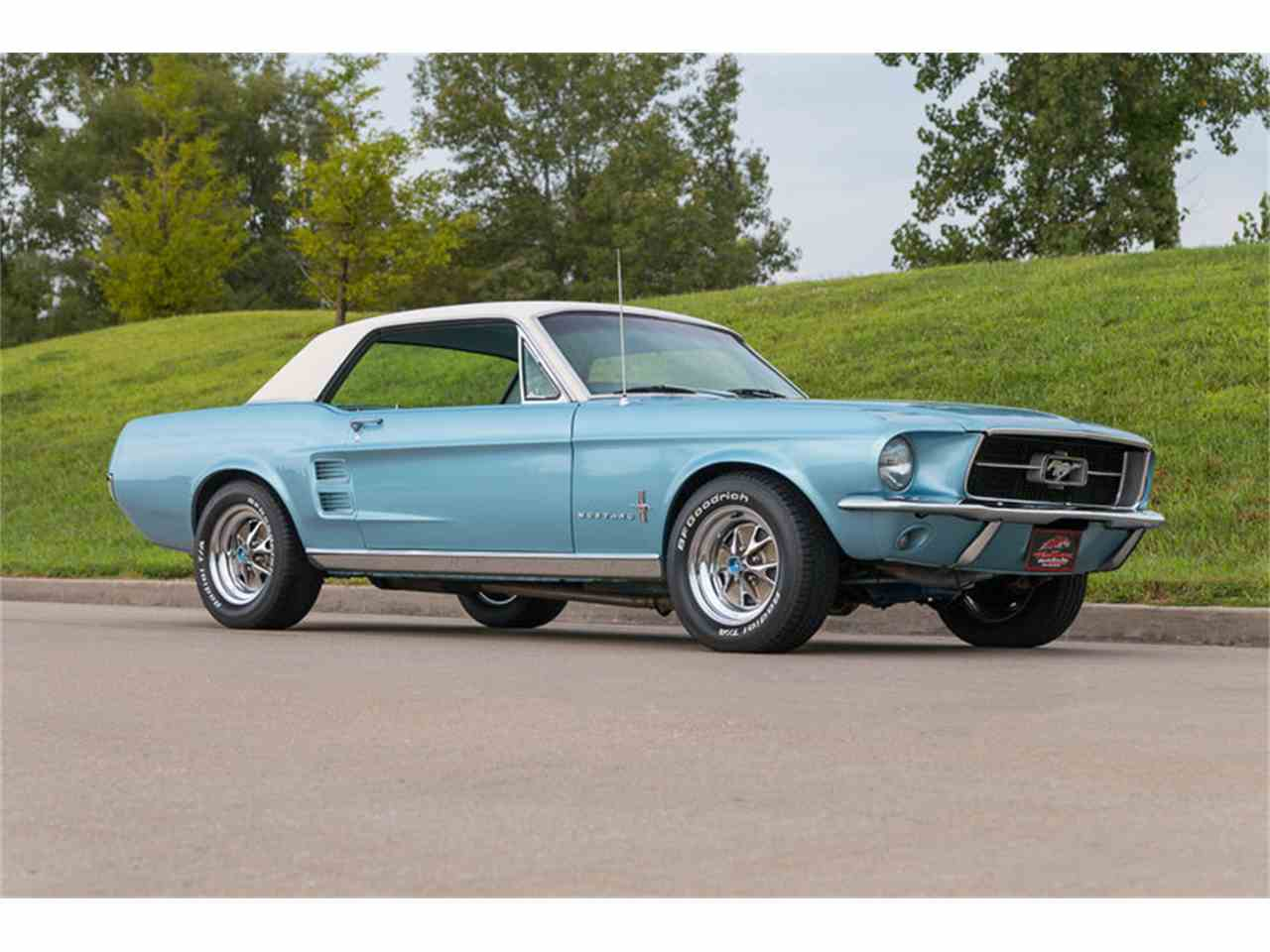 Large Picture of '67 Mustang - J8LZ