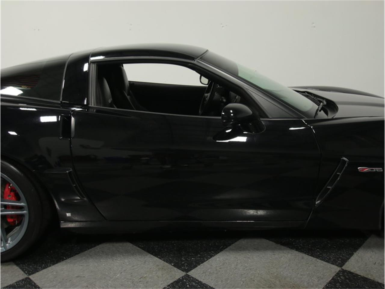 Large Picture of '08 Chevrolet Corvette Z06 - $39,995.00 Offered by Streetside Classics - Atlanta - J8VS