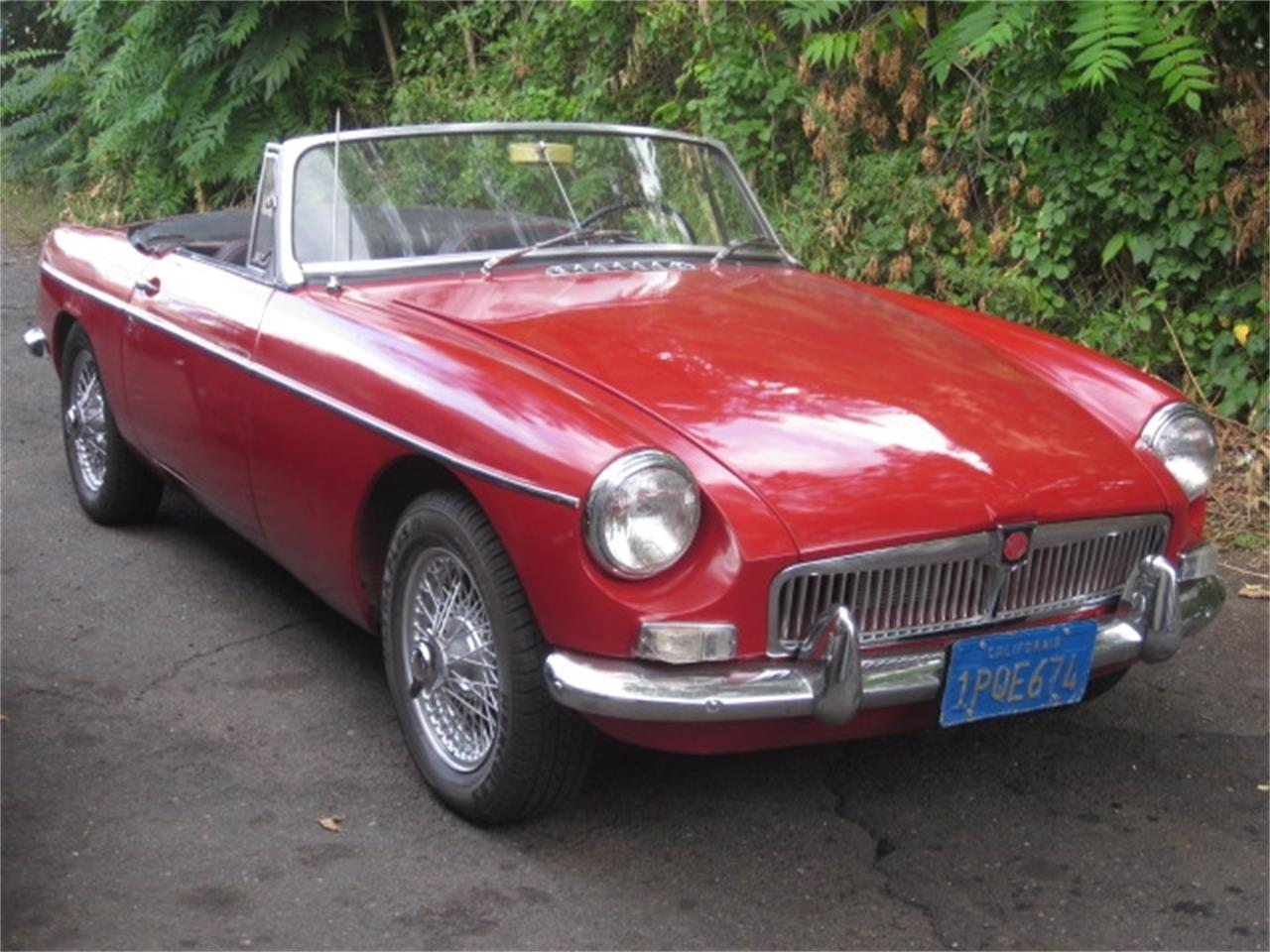 Large Picture of '67 MGB - J8YV