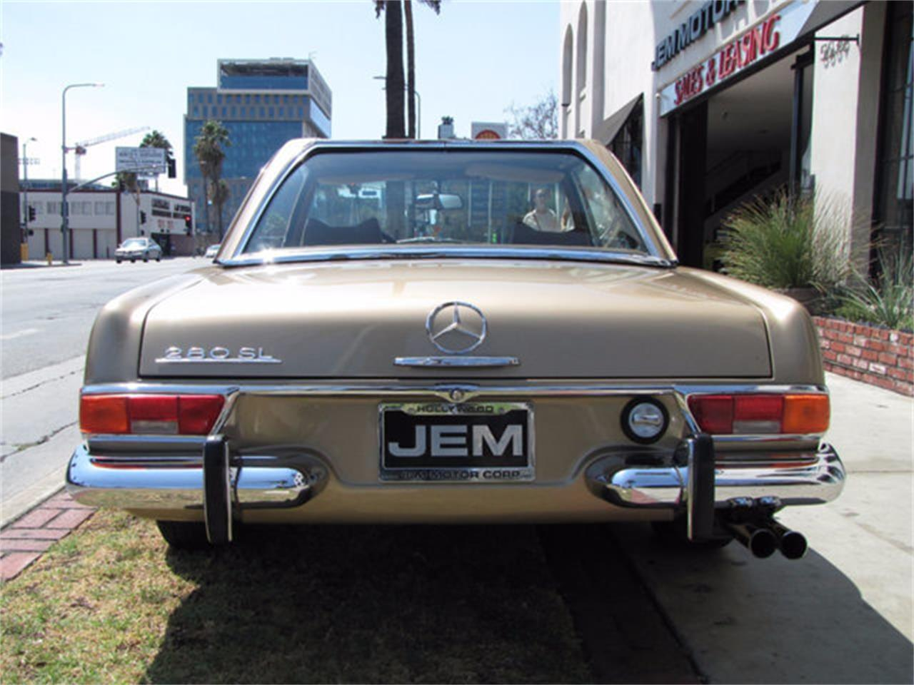 Large Picture of Classic 1971 Mercedes-Benz 280SL located in Hollywood California - $78,750.00 - J9KB