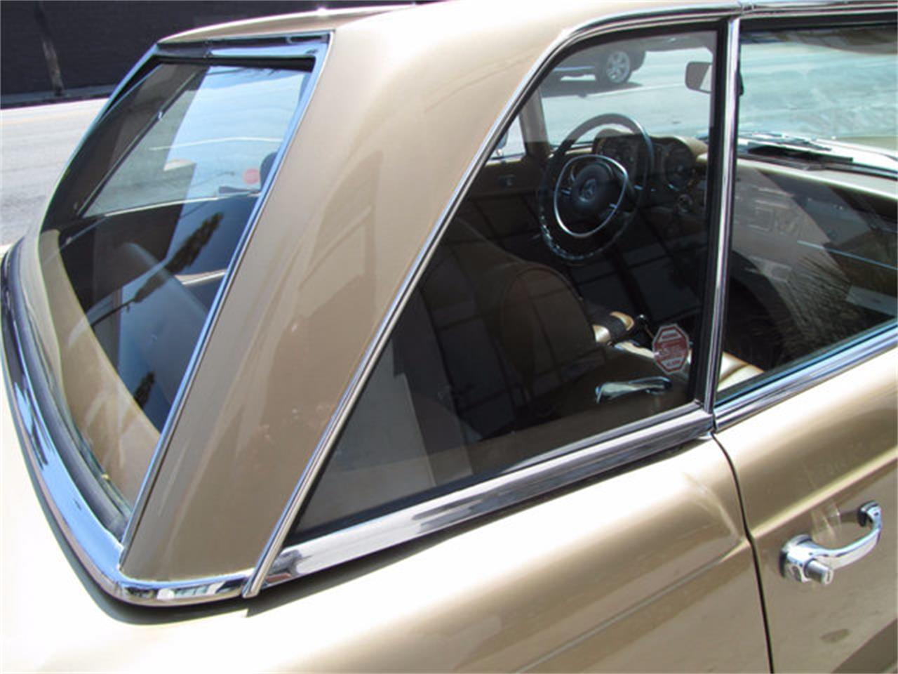 Large Picture of Classic 1971 Mercedes-Benz 280SL located in Hollywood California Offered by JEM Motor Corp. - J9KB