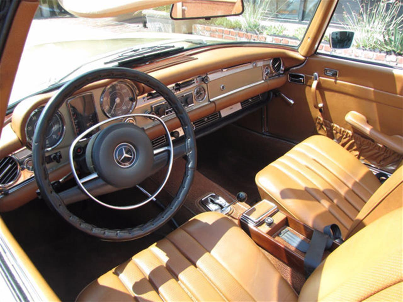 Large Picture of 1971 Mercedes-Benz 280SL located in California - J9KB