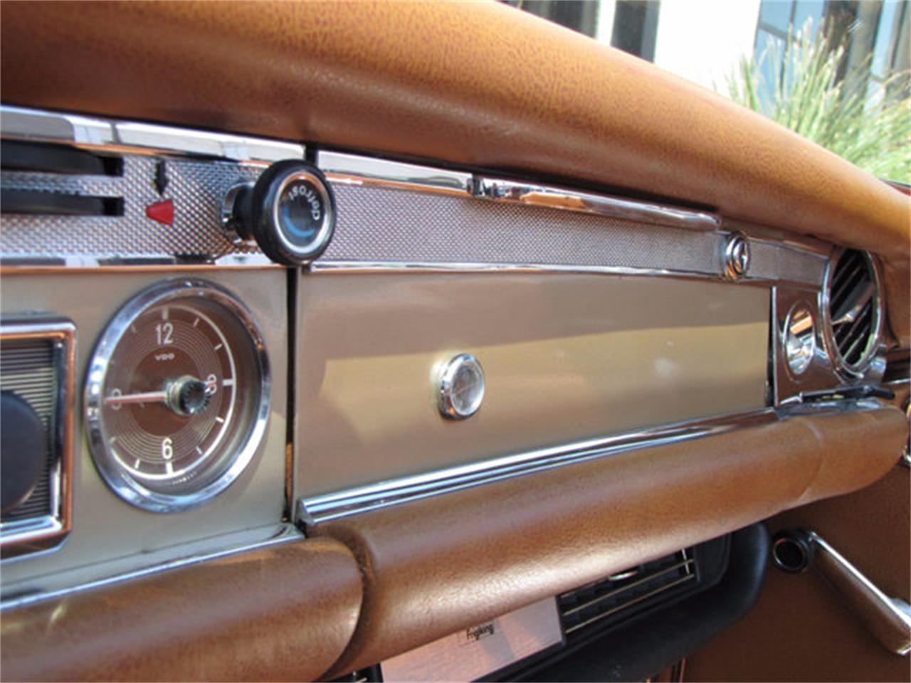 Large Picture of 1971 280SL located in California - J9KB