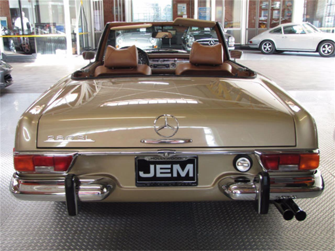 Large Picture of Classic '71 280SL located in Hollywood California - J9KB