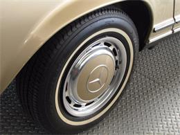 Picture of Classic '71 Mercedes-Benz 280SL located in Hollywood California Offered by JEM Motor Corp. - J9KB