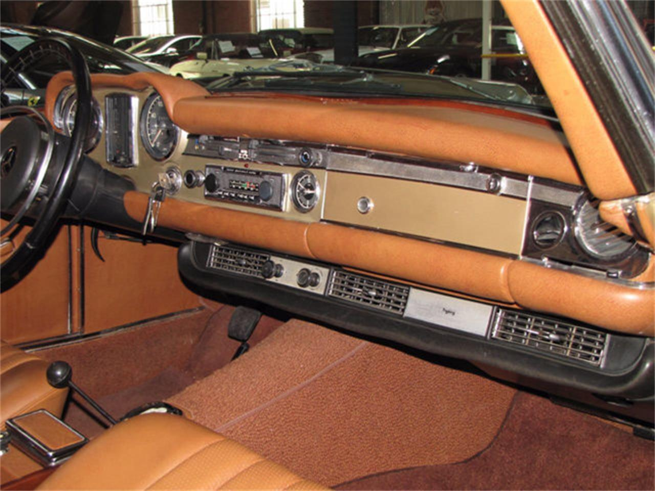 Large Picture of Classic 1971 280SL located in California - $78,750.00 - J9KB