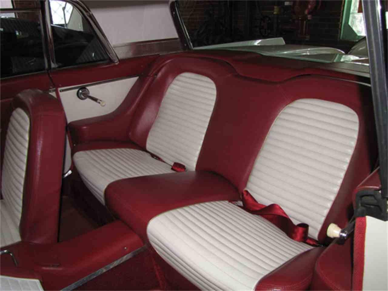 Large Picture of '59 Thunderbird - J9KE