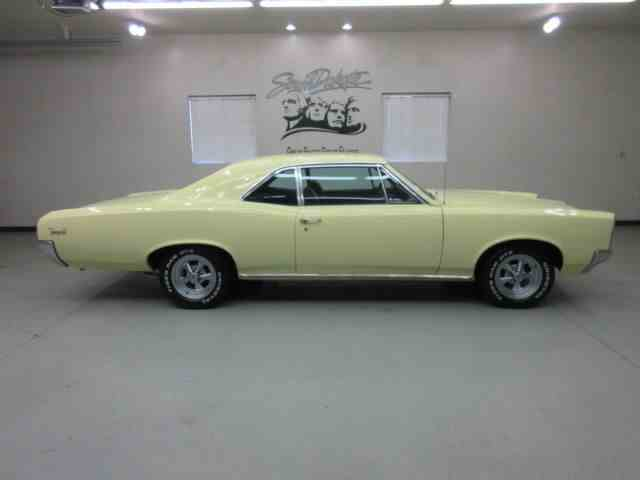 Picture of 1966 Pontiac Tempest - $27,950.00 Offered by Frankman Motor Company - JAEB