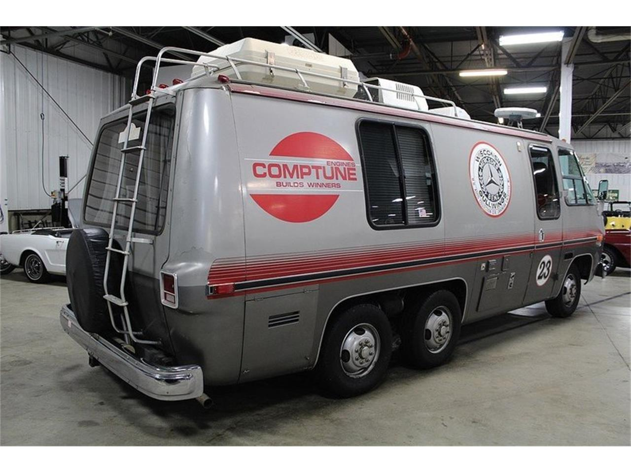 Large Picture of 1977 GMC Front Wheel Drive Motorhome located in Michigan - $22,900.00 - JAEN
