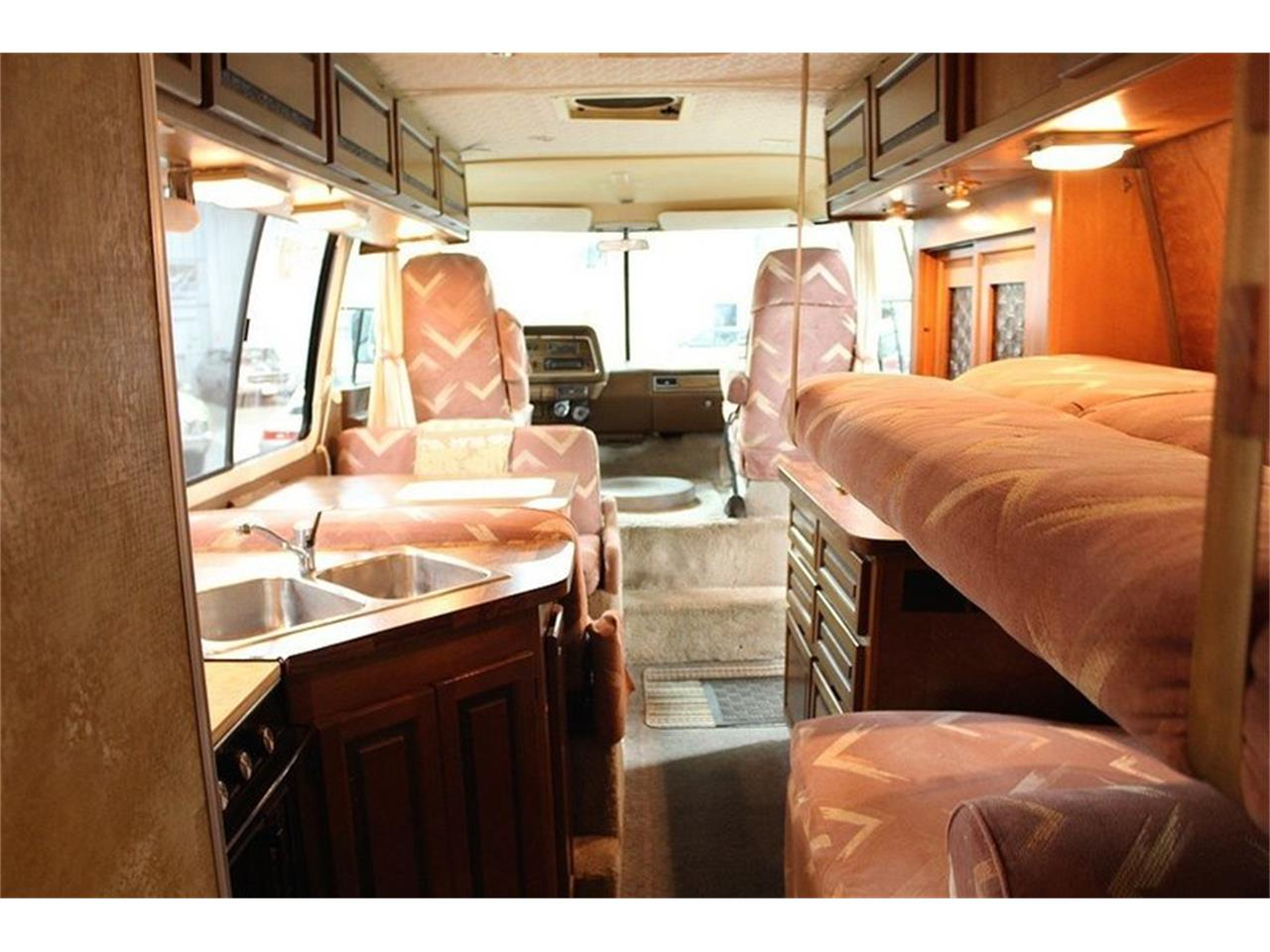 Large Picture of '77 GMC Front Wheel Drive Motorhome Offered by GR Auto Gallery - JAEN