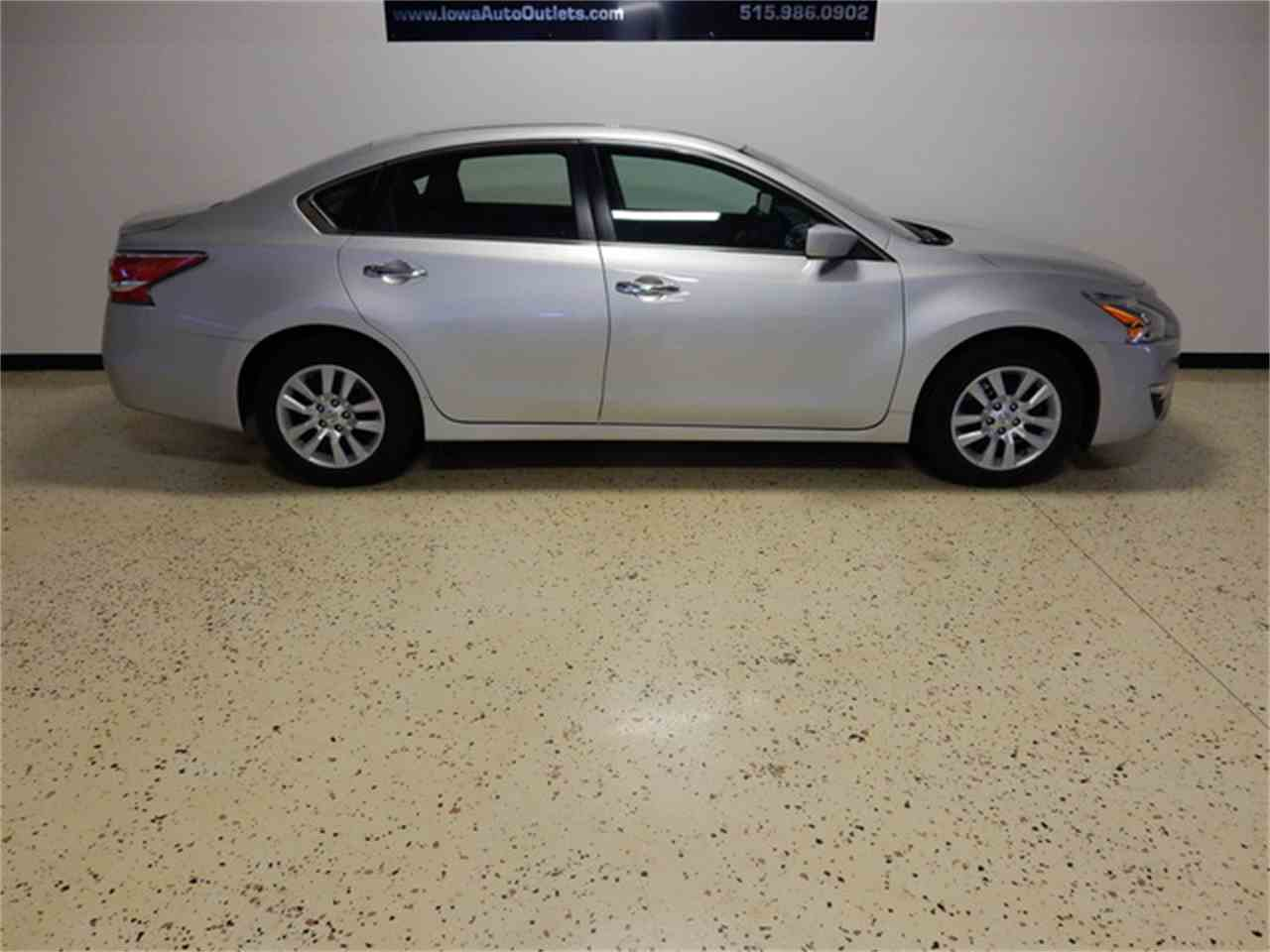 Large Picture of '15 Altima - JB9K