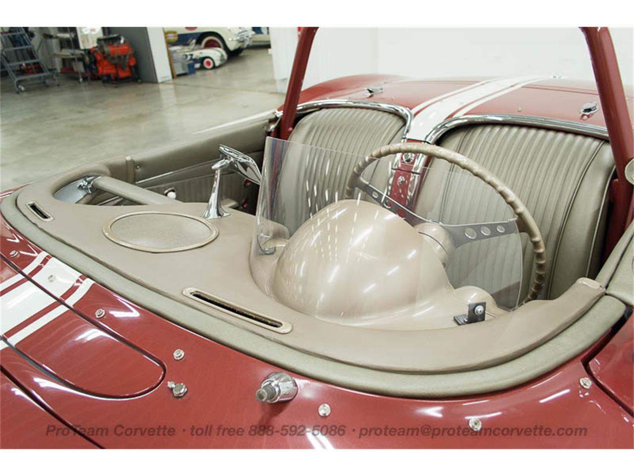 Large Picture of Classic '62 Chevrolet Corvette Offered by Proteam Corvette Sales - JBG4