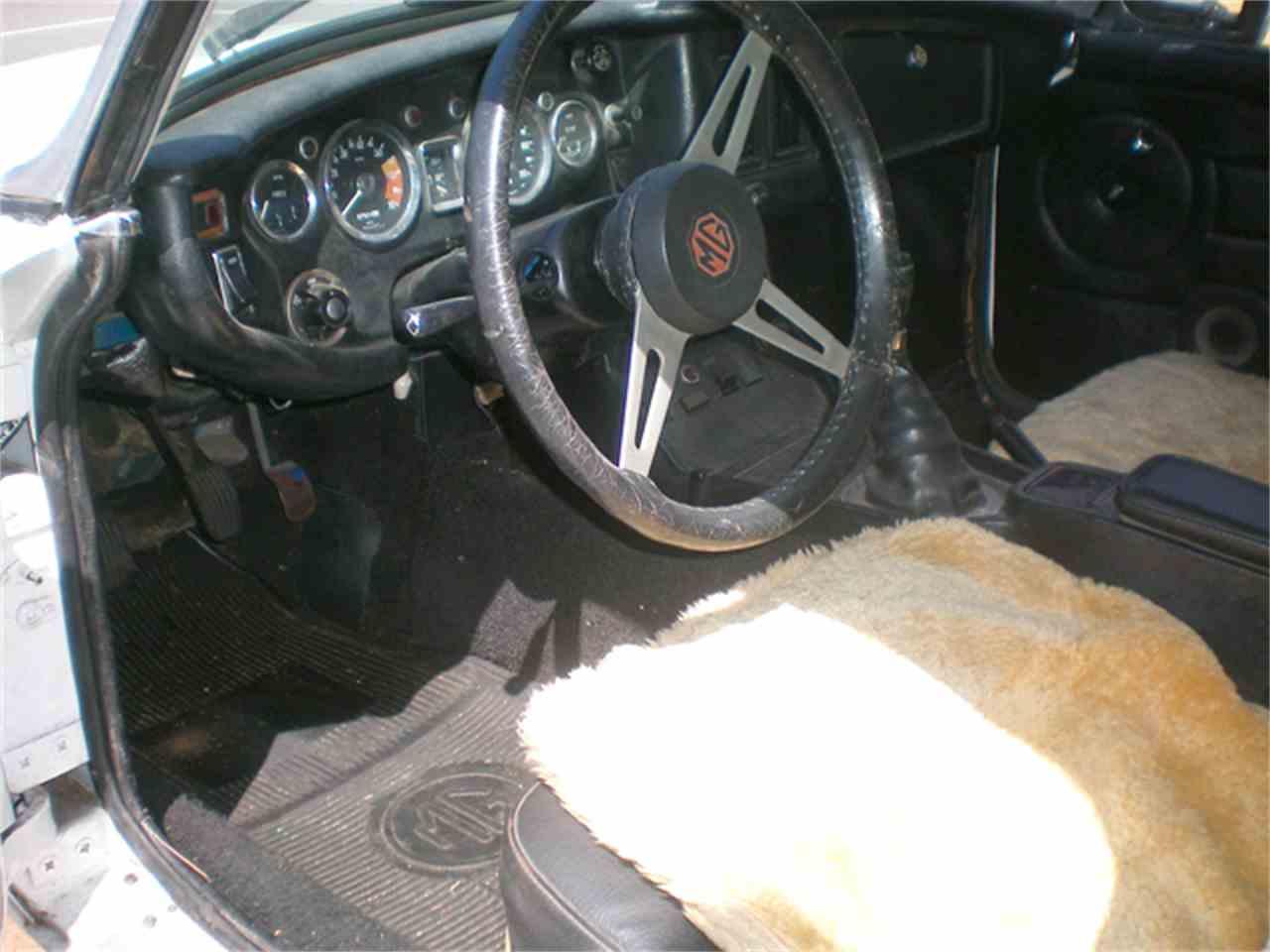 Large Picture of '73 MGB - JBT5