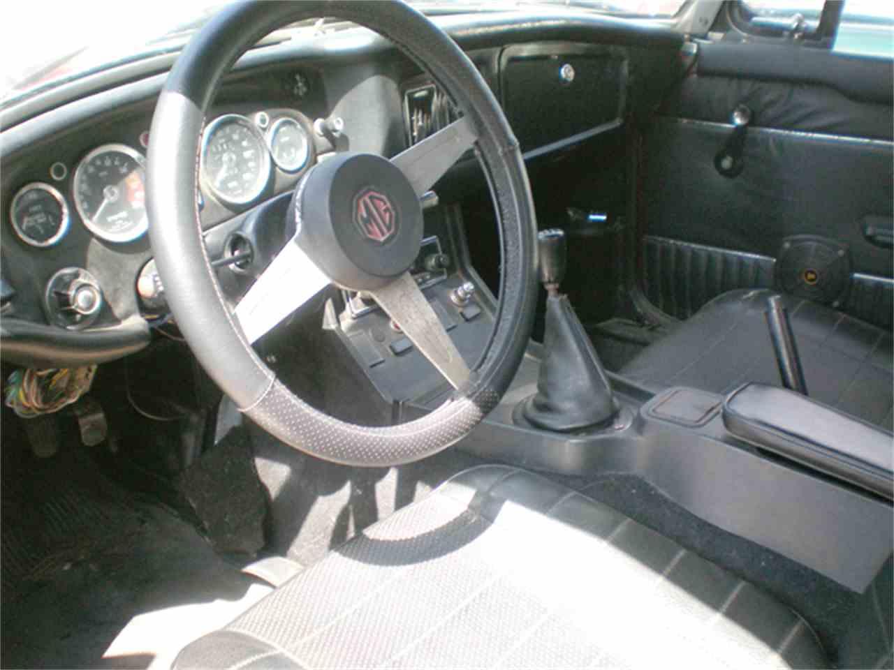 Large Picture of '76 MGB - JBTA