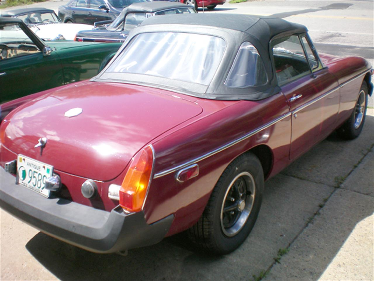 Large Picture of 1976 MG MGB - $6,900.00 - JBTA