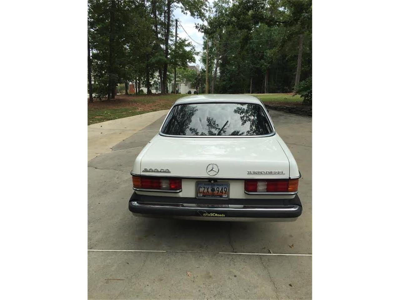 Large Picture of '84 Mercedes-Benz 300CD - $6,900.00 - JBVZ