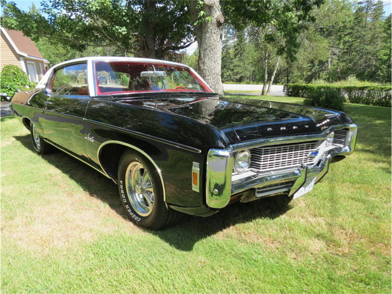 Large Picture of 1969 Chevrolet Impala located in Massachusetts Offered by Silverstone Motorcars - JALU