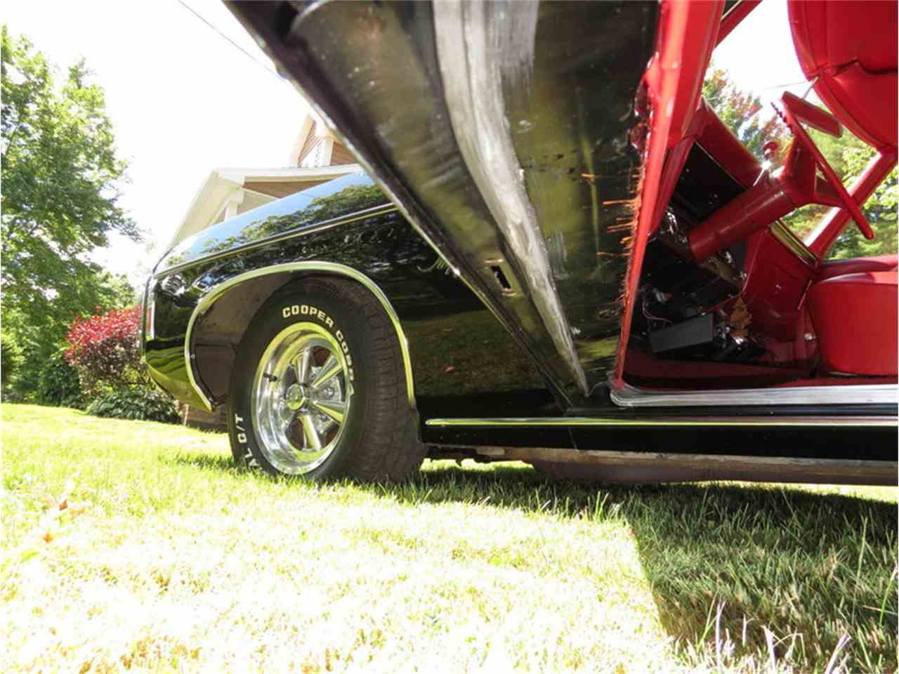 Large Picture of Classic 1969 Chevrolet Impala - $22,500.00 Offered by Silverstone Motorcars - JALU