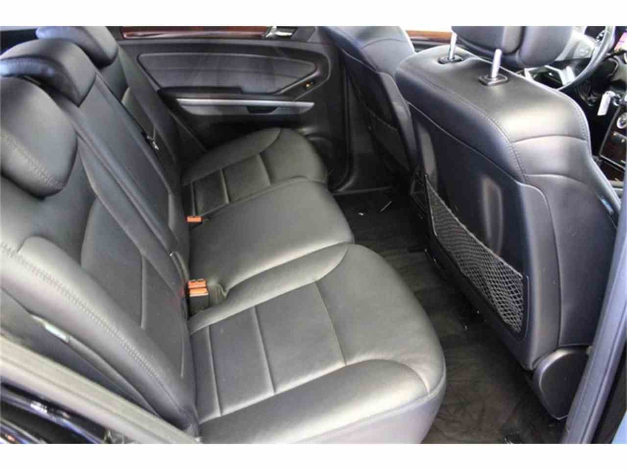 Large Picture of 2010 Mercedes-Benz M-Class located in Anaheim California - JC2Q