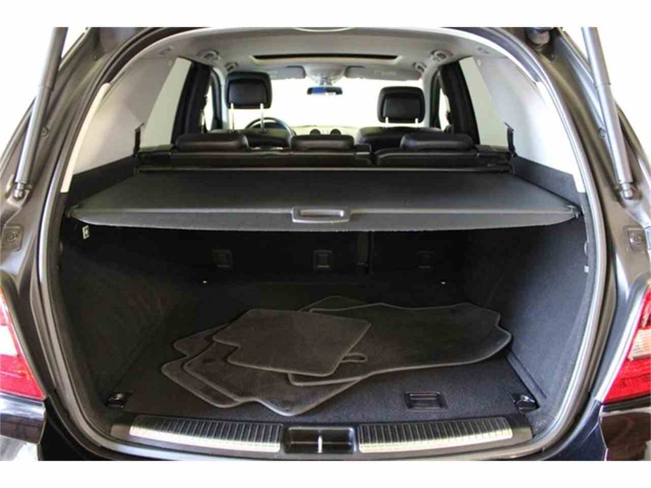 Large Picture of '10 Mercedes-Benz M-Class located in California Offered by DC Motors - JC2Q