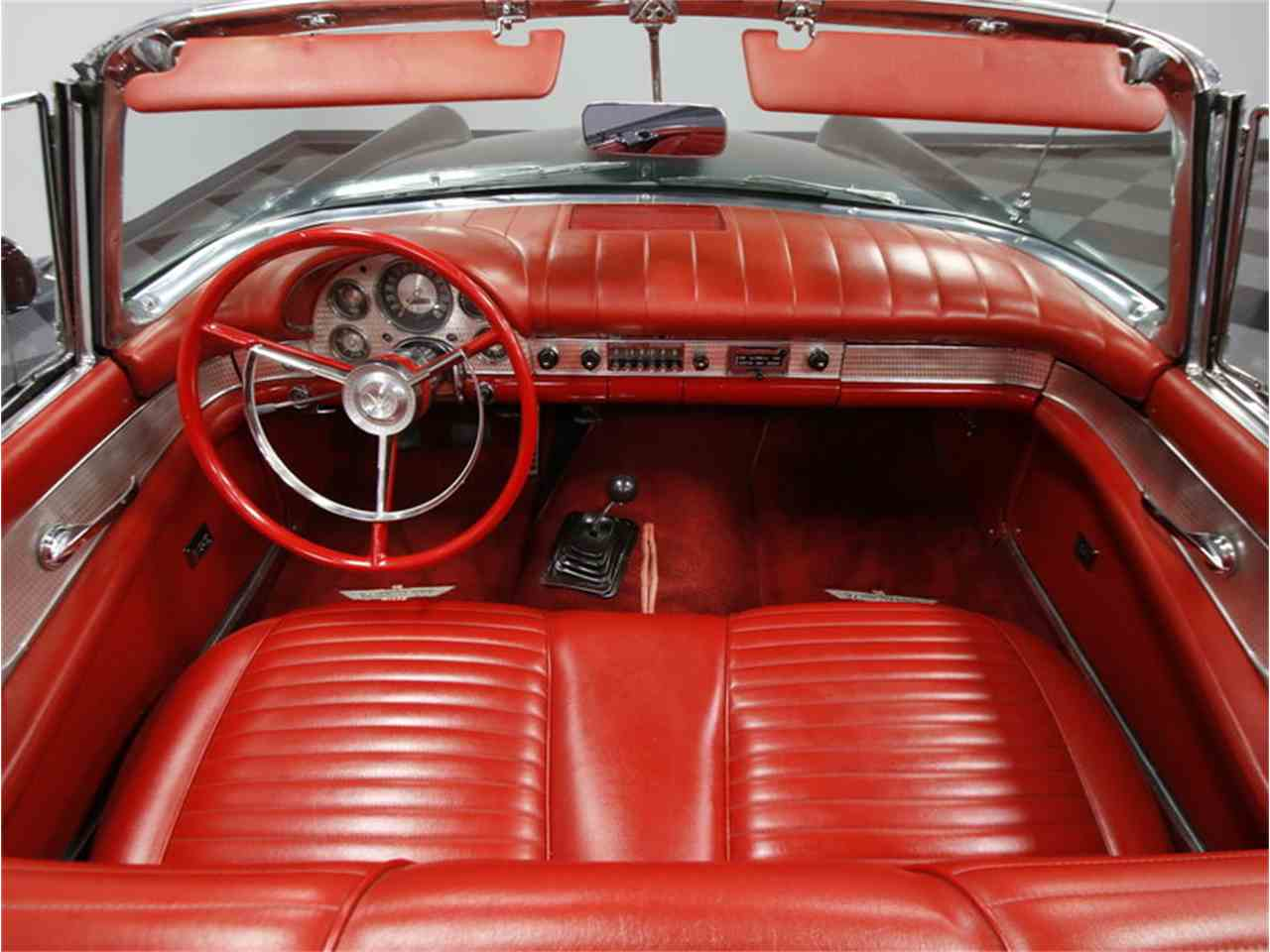 Large Picture of '57 Thunderbird - JAME