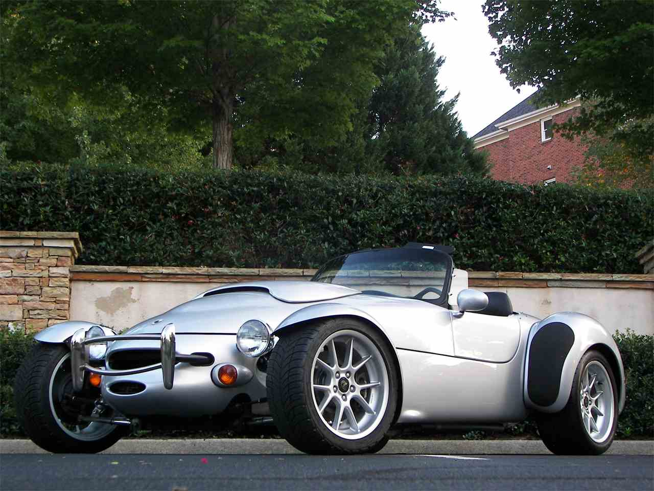 Large Picture of '99 AIV Roadster - JCFQ